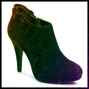 0039d914a60 DSW IMPO Ankle Boots with Ruffle Detail 9M
